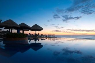 3nt New York & 7nt All-Inc Cancun inc Flights
