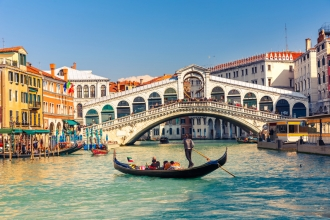 4 Star 2nt Rome & 2nt Venice Break inc Flights, Train & Gondola Serenade
