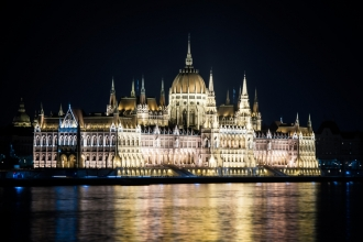 2nt Budapest & 2nt Krakow inc Flights & Breakfast