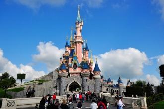 2-3nt 4* Disneyland Paris Holiday & Park Ticket saving upto 29%