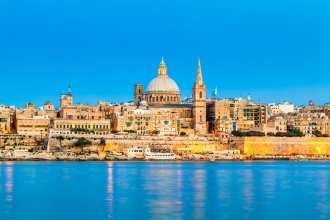 3nt 4* Luxury Malta Spa Break, Transfer, Hydrotherapy, Wine, and Fruit & Flights