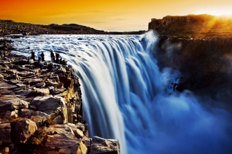 6nt Iceland, Niagara Falls & New York Adventure with Flights